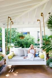 Daybed Porch Swing 8 Pretty Swing Daybed Ideas That Us Longing For Summer