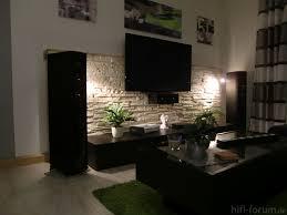 steinwand wohnzimmer beige steinwand im wohnzimmer 30 inspirationen klimex die besten