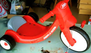 how to assemble radio flyer big wheel kids tricycle toy pedal