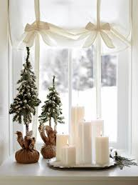 Christmas Window Decoration Crafts by 55 Best Winder Window Decorating Ideas Images On Pinterest