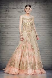designer wedding dresses online offbeat bridal gowns online sareez