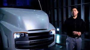the shape of trucks to come volvo trucks unveiled new vnl series the building of the freightliner revolution innovation concept