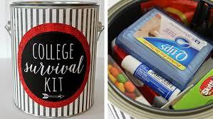 college grad gift 32 unique graduation gift ideas 2018 shutterfly
