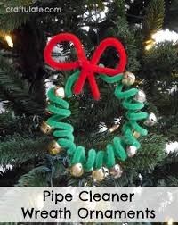 pipe cleaner wreath ornaments craftulate
