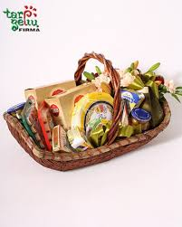 Gourmet Cheese Baskets Gourmet Cheese Basket Gourmet Gifts Gifts