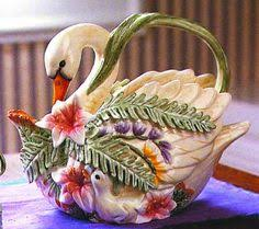 1989 fitz and floyd multi colored parrot teapot matches my large