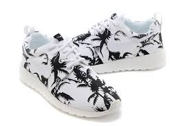 trendy womens nike roshe run pattern shoes palm trees black white