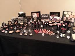 motives makeup party love is in the air