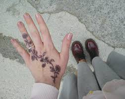 back of hand tattoos 73 best future tattoos images on pinterest henna tattoos small