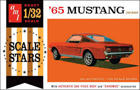 65 mustang accessories amazon com amt 1042 1965 ford mustang fastback 1 32 scale plastic
