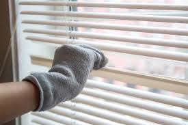 How Do You Clean Vertical Blinds Cleaning Hack Helps Clean Your Blinds In 1 Minute Or Less Today Com