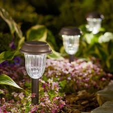 Outdoor Solar Landscape Lights Shop Landscape Lighting At Lowes
