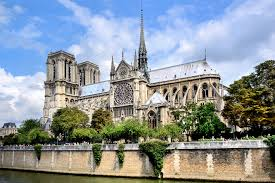 1 bedroom paris vacation rental latin quarter notre dame cathedral in paris