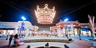 zona rosa tree lighting kansas city holiday light displays visit kc com kansas city