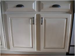 How To Spruce Up Kitchen Cabinets How To Use Off White Gel Stain Ways To Refresh Your Existing