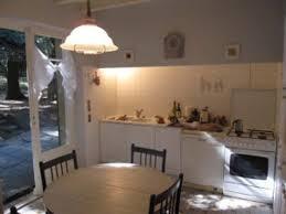 cuisine avec fenetre decoration cuisine fenetre