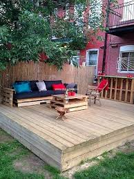Patio Furniture Pallets by Cheap Creations With Recycled Wood Pallets Diy Motive