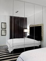 miroir dans chambre aménager une chambre d amis à la maison le miroir aide et