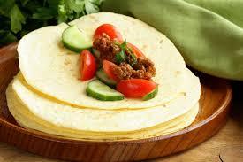 cuisine mexicaine fajitas papier peint tortilla fajita enveloppe avec du boeuf et des légumes