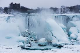 10 photos frozen niagara falls tgb road trip