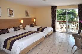 hotel dans la chambre ile de chambre et studio 3 personnes confort hotel oleron hotels ile d