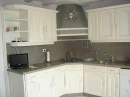 relooker une cuisine ancienne vieille cuisine repeinte fabulous cuisine repeinte en grise bois