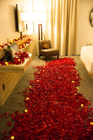 romantic room marriage proposal in las vegas with ring stash