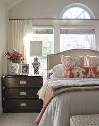 le de chevet chambre quelle table de chevet choisir pour votre chambre à coucher