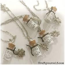 spider silk dust mini glass halloween necklace craft