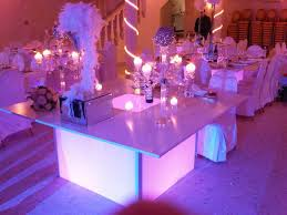 location decoration mariage mariage thème lumière décoration mariage lumineux tables lumineuses