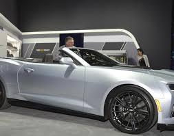 camaro price range chevrolet camaro zl1 convertible revealed makes debut on live