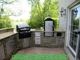 Small Outdoor Kitchen by Pitmaker In Houston Texas 800 299 9005 281 359 7487