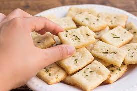 parmesan and rosemary crackers foodal