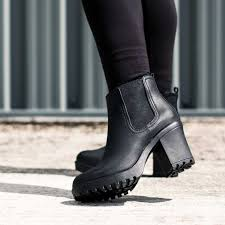 buy boots shoes s boots from buy
