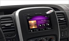 porta iphone da auto media nav evolution the ingenious multimedia system from renault