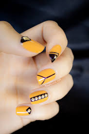 black and yellow nails steelers style steelers pinterest