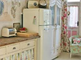 Cottage Kitchen Decor by Kitchen Trends Shabby Chic Kitchen Cabinets Vintage Cottage