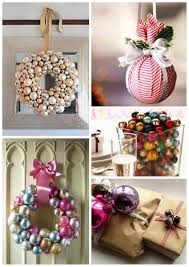 unique christmas decorating ideas with wrapping paper red white
