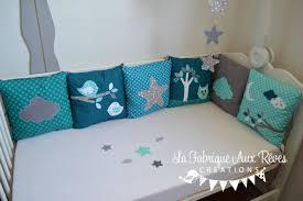 coussin chambre bébé deco chambre bebe gris turquoise avec linge lit tour lit complet