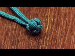 how to tie a decorative paracord knot knife lanyard knot