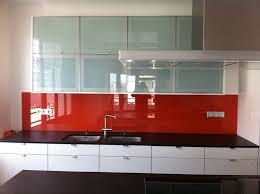 cuisine en verre crédence en verre trempé laqué verre trempé sur mesure