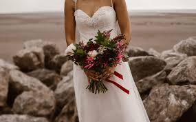 wedding flowers august wedding flowers in season august wedding chwv