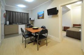 one bedroom apartment cheap one bedroom apartment queen st auckland