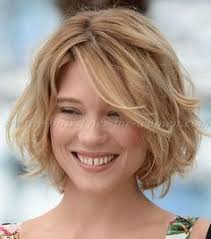 90 classy and simple short hairstyles for women over 50 blonde