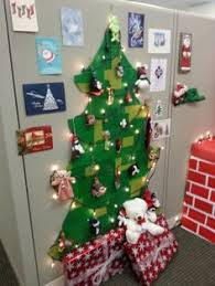 Decorate With Christmas Cards Cubicle Decorating Xmas C U B I C L E N A T I O N Pinterest