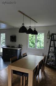 luminaire suspendu table cuisine comment installer des luminaires en ligne au dessus d une table