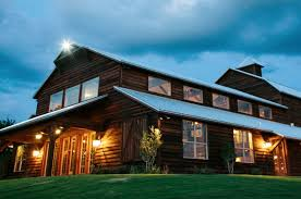 wedding venues tx 10 beautiful barn wedding venues in the heart of