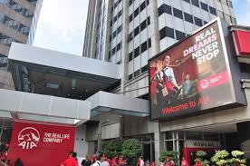 outdoor displays ledtronics led displays digital billboards