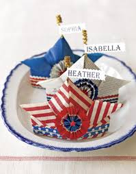Fourth Of July Table Decoration Ideas How To Host A 4th Of July Party Ladylux Online Luxury