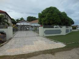 3 bedroom 2 bathroom house 3 bedroom 2 bathroom house for sale in may pen clarendon